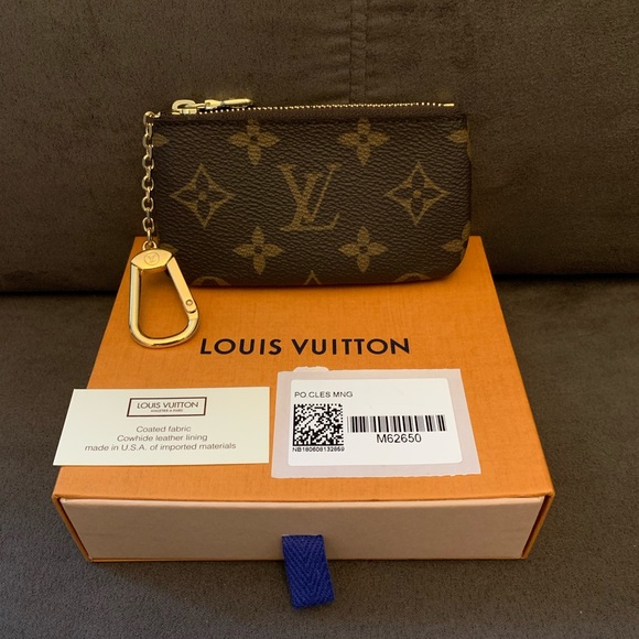 Louis Vuitton Accessories - BNIB Louis Vuitton Monogram Canvas Key Pouch